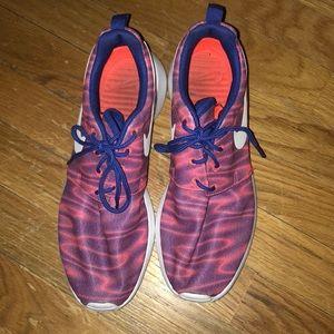 Nike Tie Dye Roshe